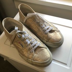 size 8  gold Superga  sneakers missing inner sole